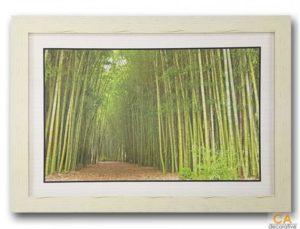 กรอบรูป รูปภาพสวยๆ สำหรับแต่งบ้าน กรอบรูปติดผนัง รูปติดผนัง กรอบไม้ รูปภาพ กรอบรูปไม้ ภาพติดผนังพร้อมสลิงแขวน รูปภาพทางเดินในป่าไผ่ พิมพ์วัสดุไวนิล หลังกระดาษ พร้อมกรอบไม้